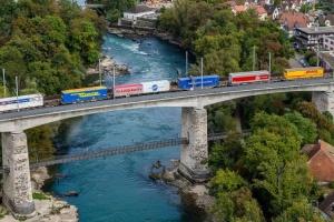 556 - Intermodal train - Hupac