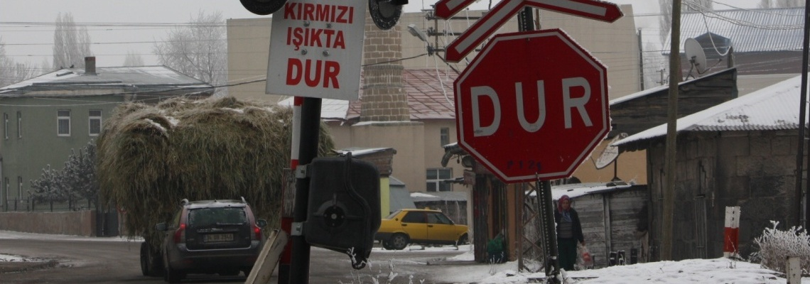 652 - Kars hemzemin geçit - Onur