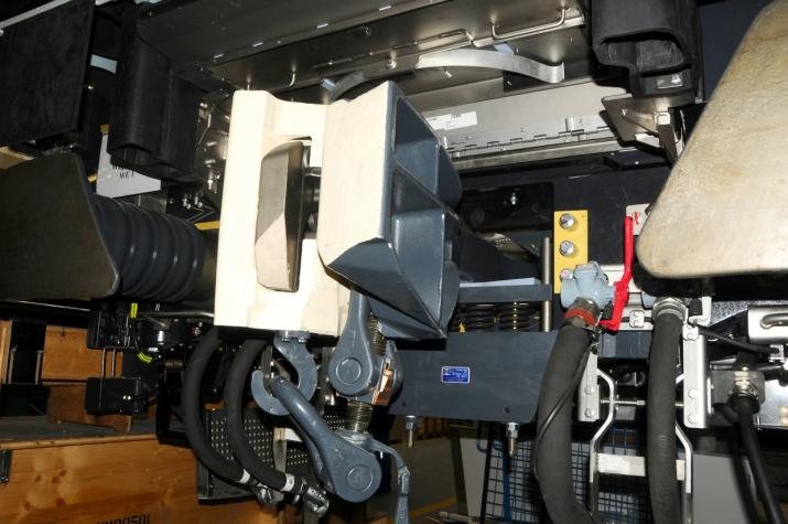 SA3- and a UIC-screw coupling
