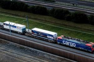 836 - hupac intermodal train