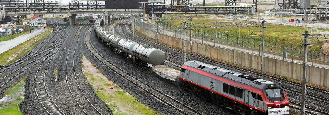 886 - Körfez Ulaştırma treni