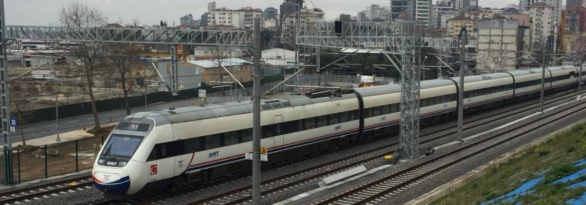 957 - Hizli tren Bostanci - Onur