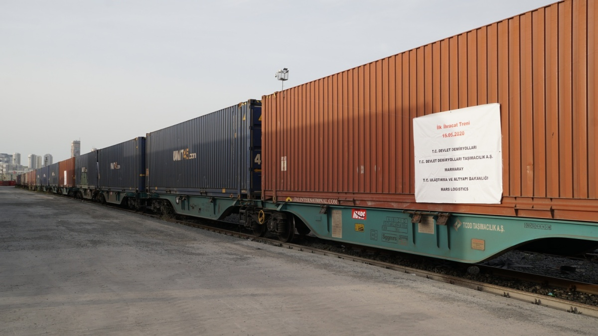 Container trains head towards Asian side